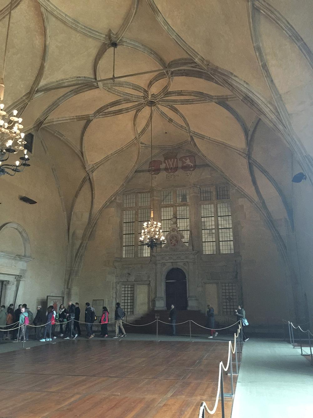 Eski Kraliyet Sarayı'nın salonu