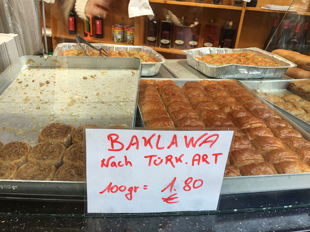 Naschmarkt'ın %80'i Türk bizce :)