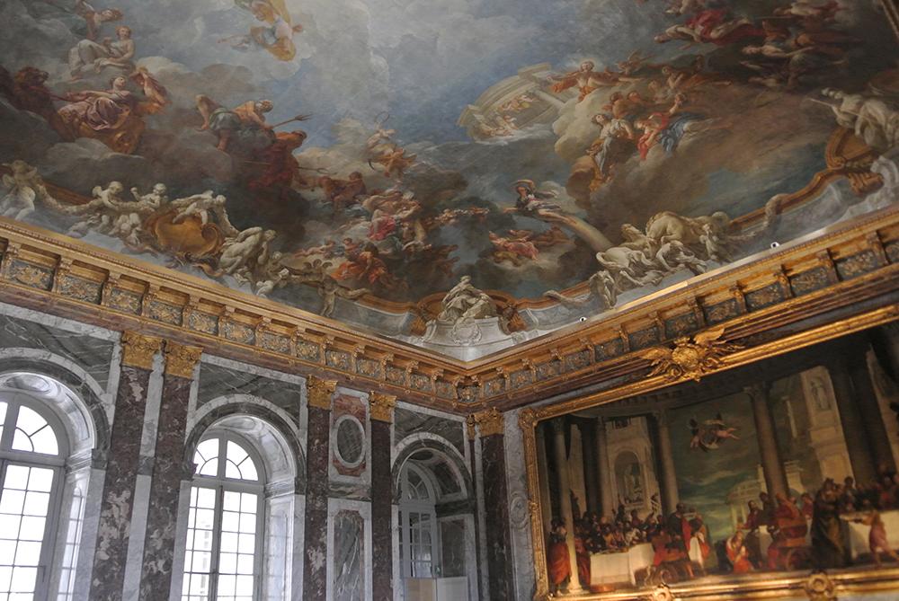 Bu tavanları nasıl boyamışlar :/