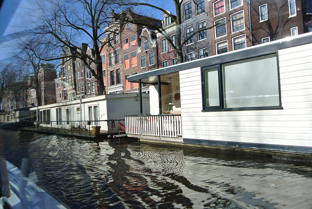 Kanal evleri çok tatlı değil mi?
