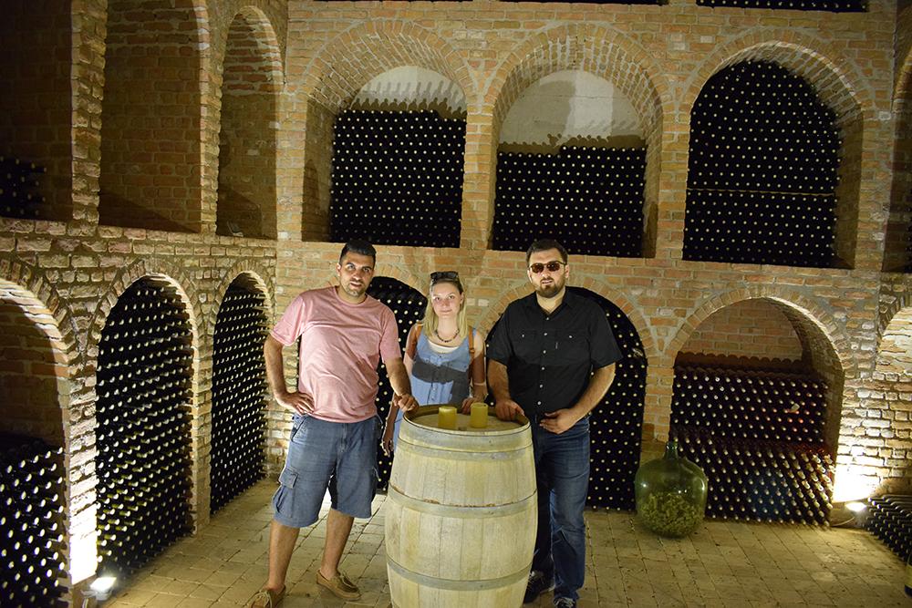 Usca Şarapçılığın Mahzeni