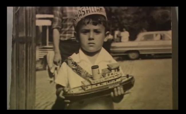 Sunay Akın'ın aradığı oyuncak gemi :)