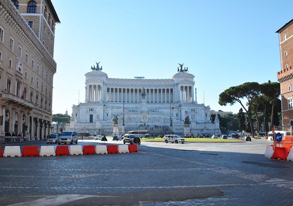 Vittorio Emanuele II Anıtı